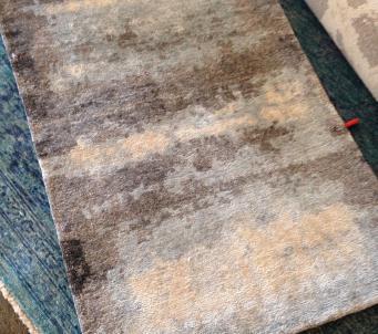 Magnificent Artisan Tibetan rug all bamboo silk 8 x10
