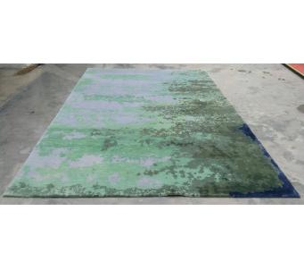 Contemporary hand knotted 5' x8' silk and wool rug